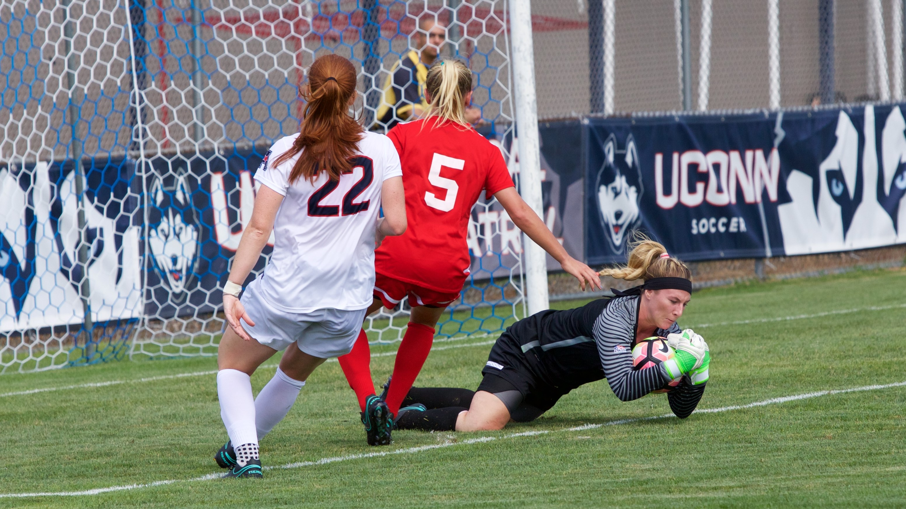 Terriers Suffer 1-0 Loss at No. 15 UConn